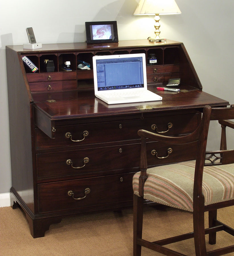 modern day office in an c18 century bureau thakeham furniture antique furniture blog. Black Bedroom Furniture Sets. Home Design Ideas